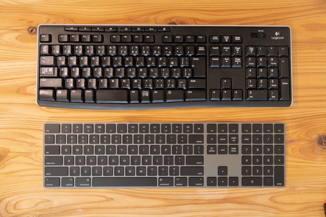 Magic Keyboardとロジクールのキーボード大きさ比較