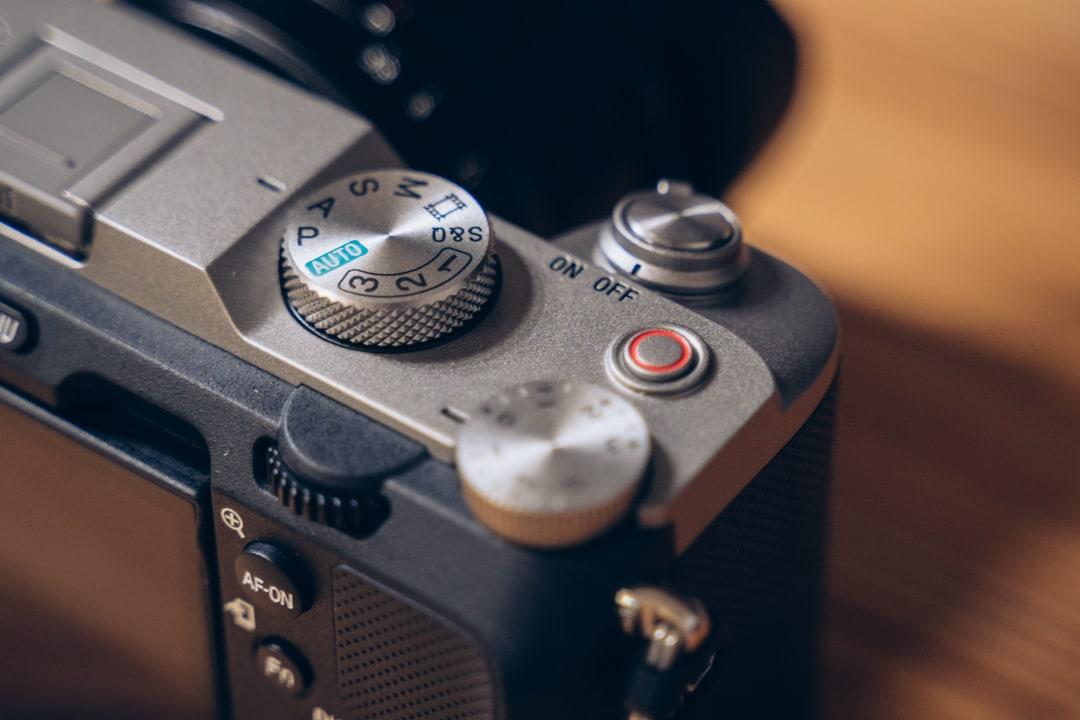 α7Cの動画撮影に最適化されたボタン周り