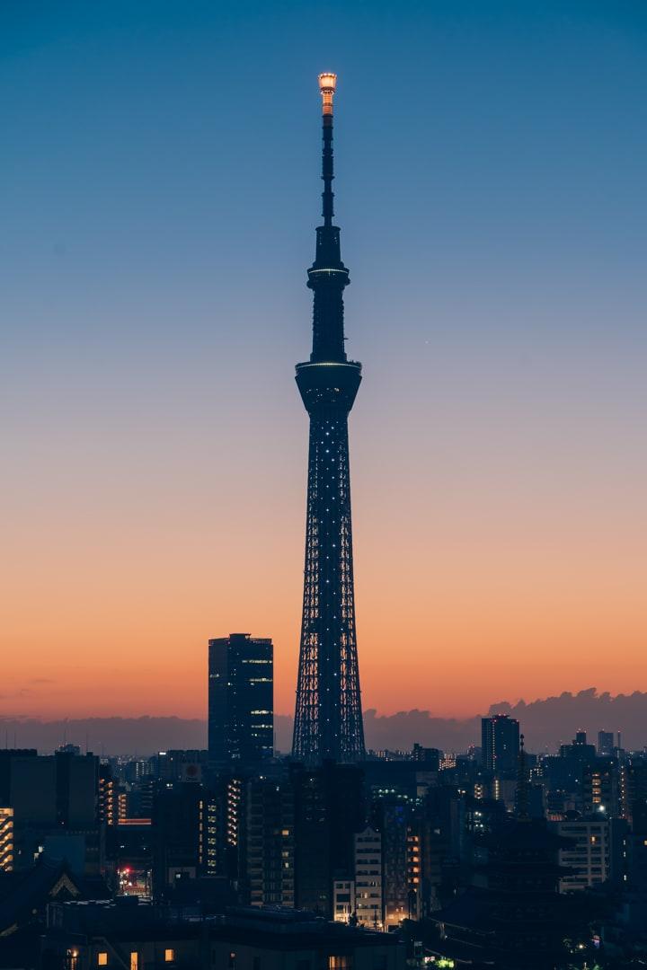 夜明け前の東京スカイツリー