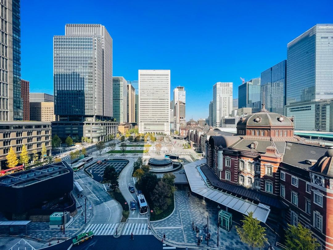 iphone12 miniの超広角レンズで撮影した東京駅