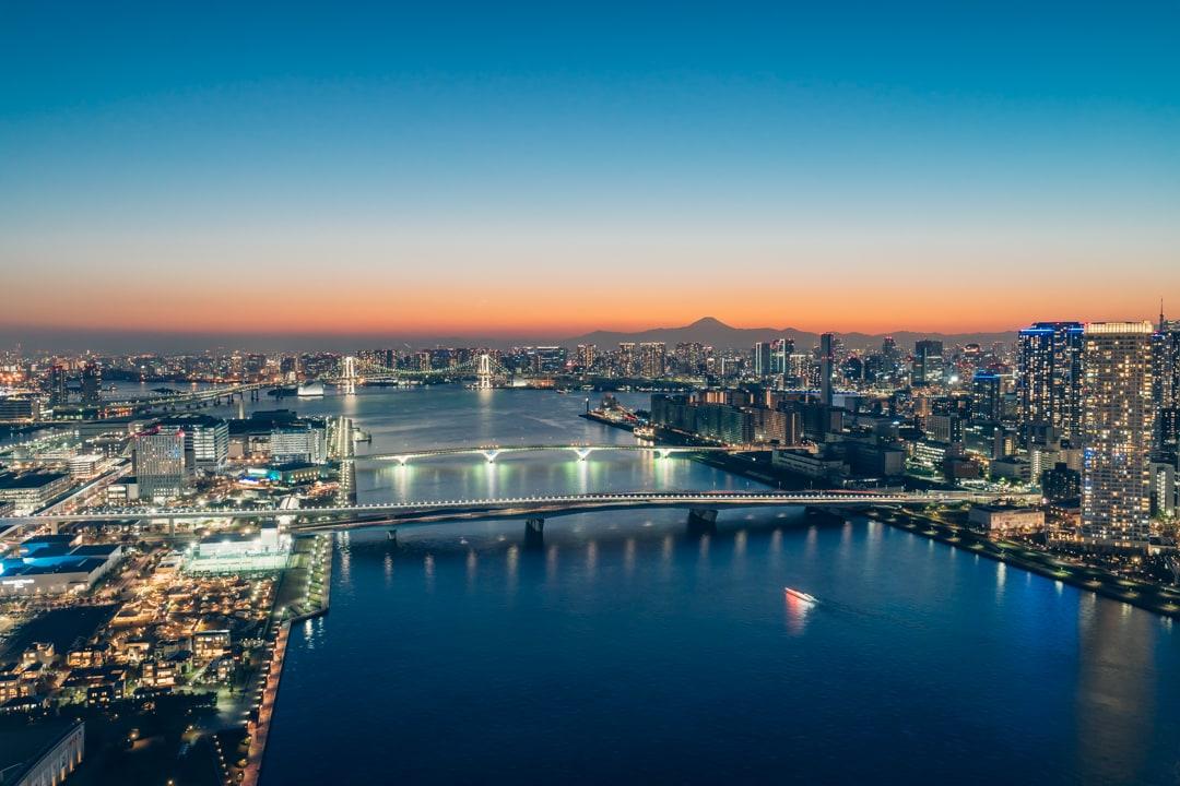 三井ガーデンホテル豊洲ベイサイドクロスから撮影した夜景