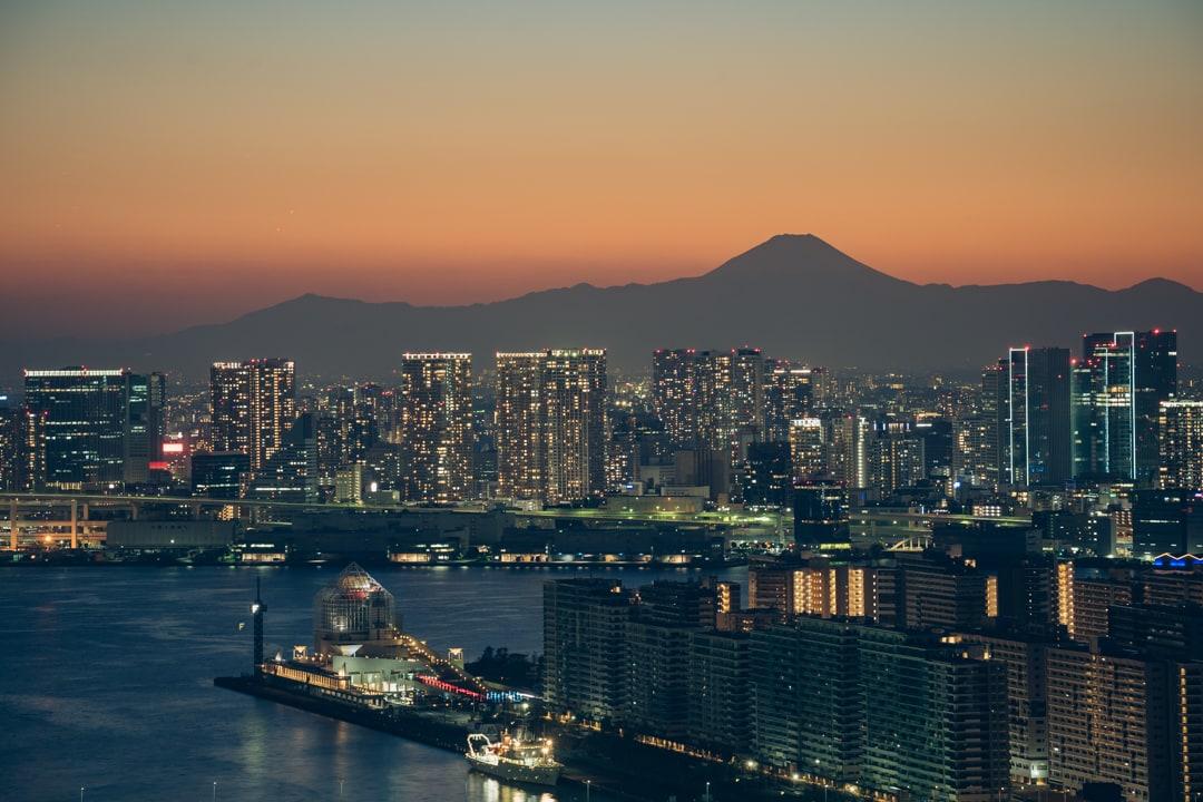 三井ガーデンホテル豊洲ベイサイドクロスから撮影した富士山