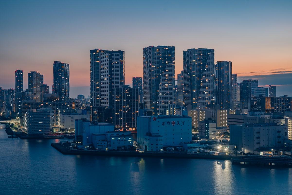 インターコンチネンタル東京ベイから眺める明け方の光景