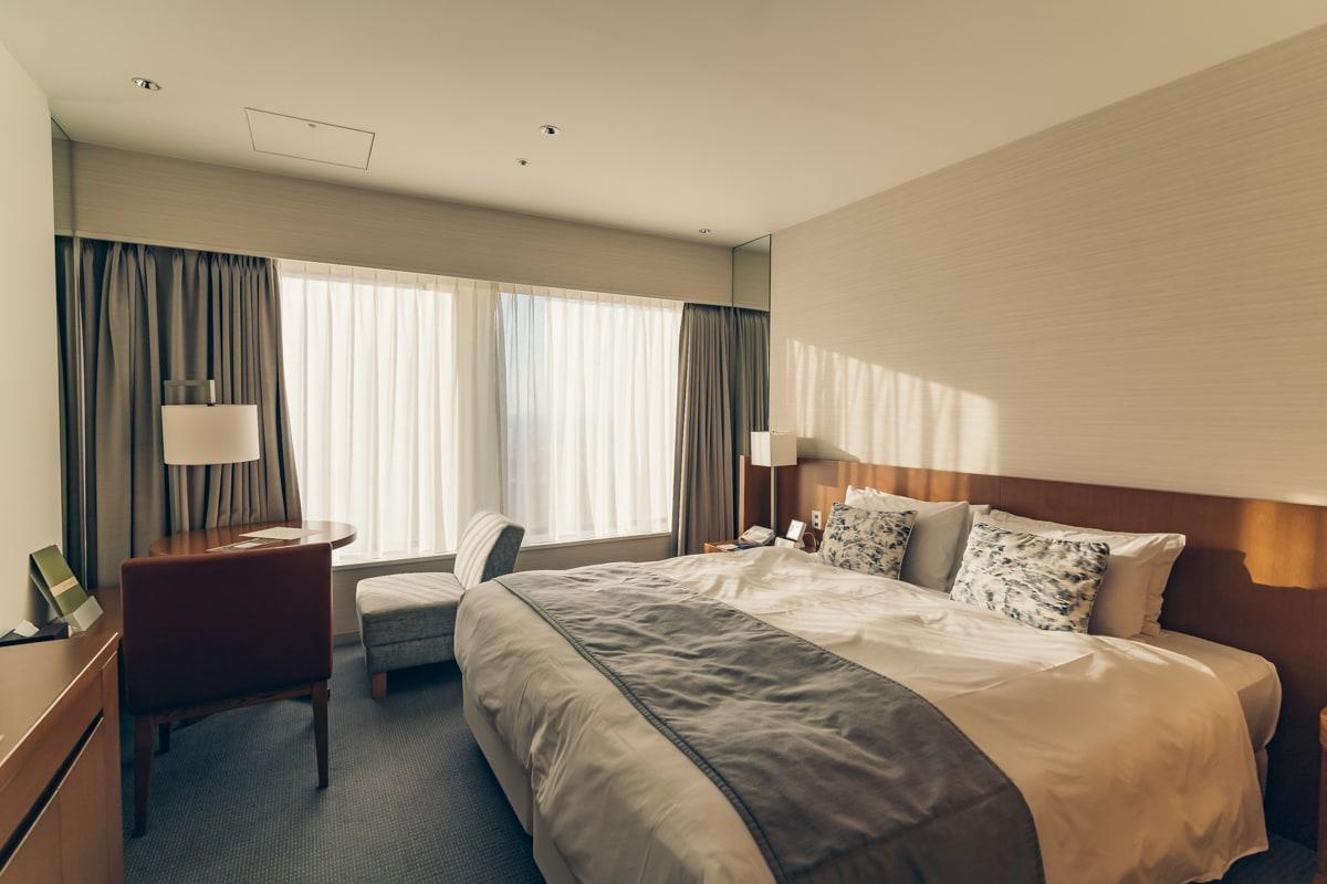 京王プラザホテルの客室(スタンダードダブルルーム)