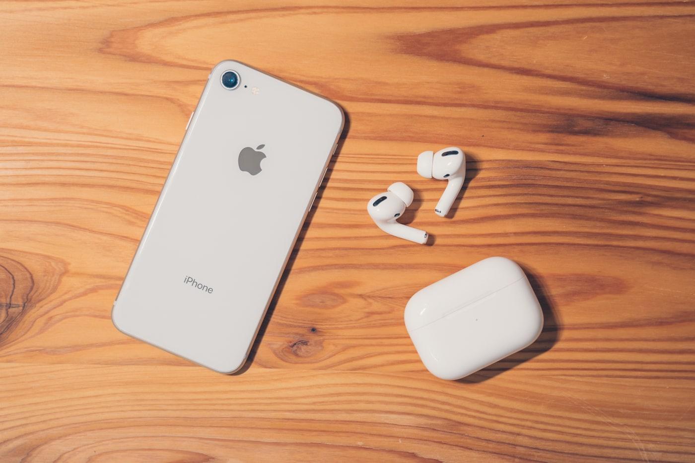 AirPodsPro(完全ワイヤレスイヤホン)とiPhone12 mini