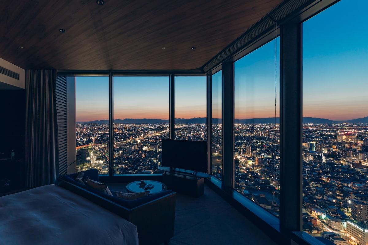 名古屋プリンスホテルスカイタワーから撮影した西側の夜景