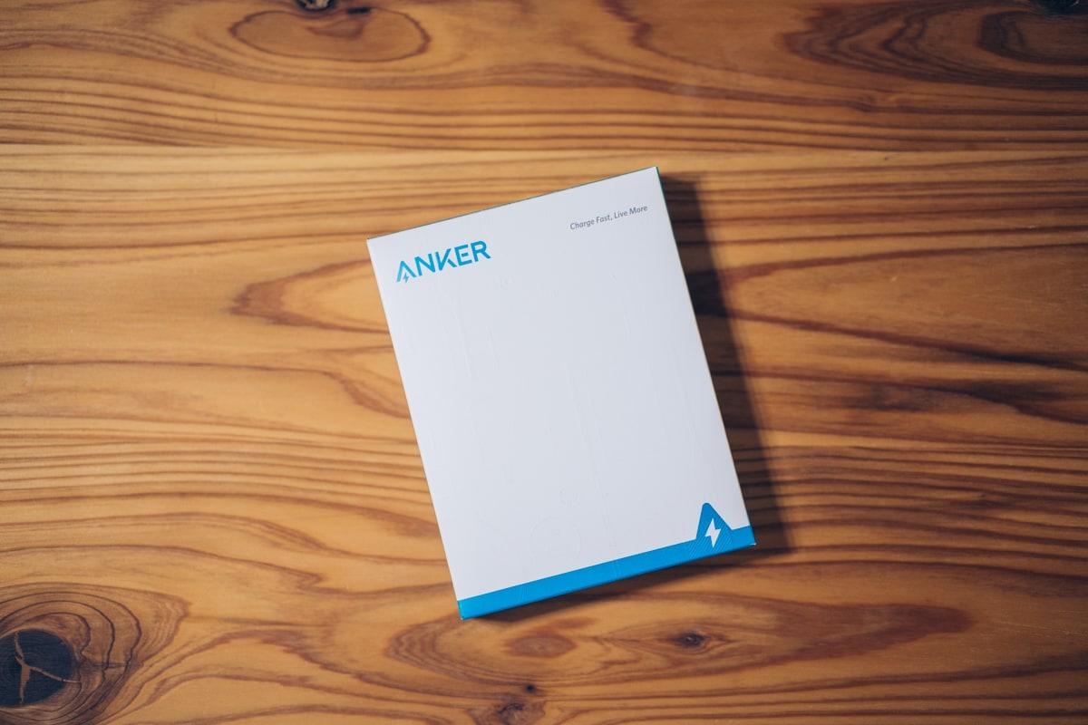 Anker PowerCore Magnetic 5000の商品パッケージ